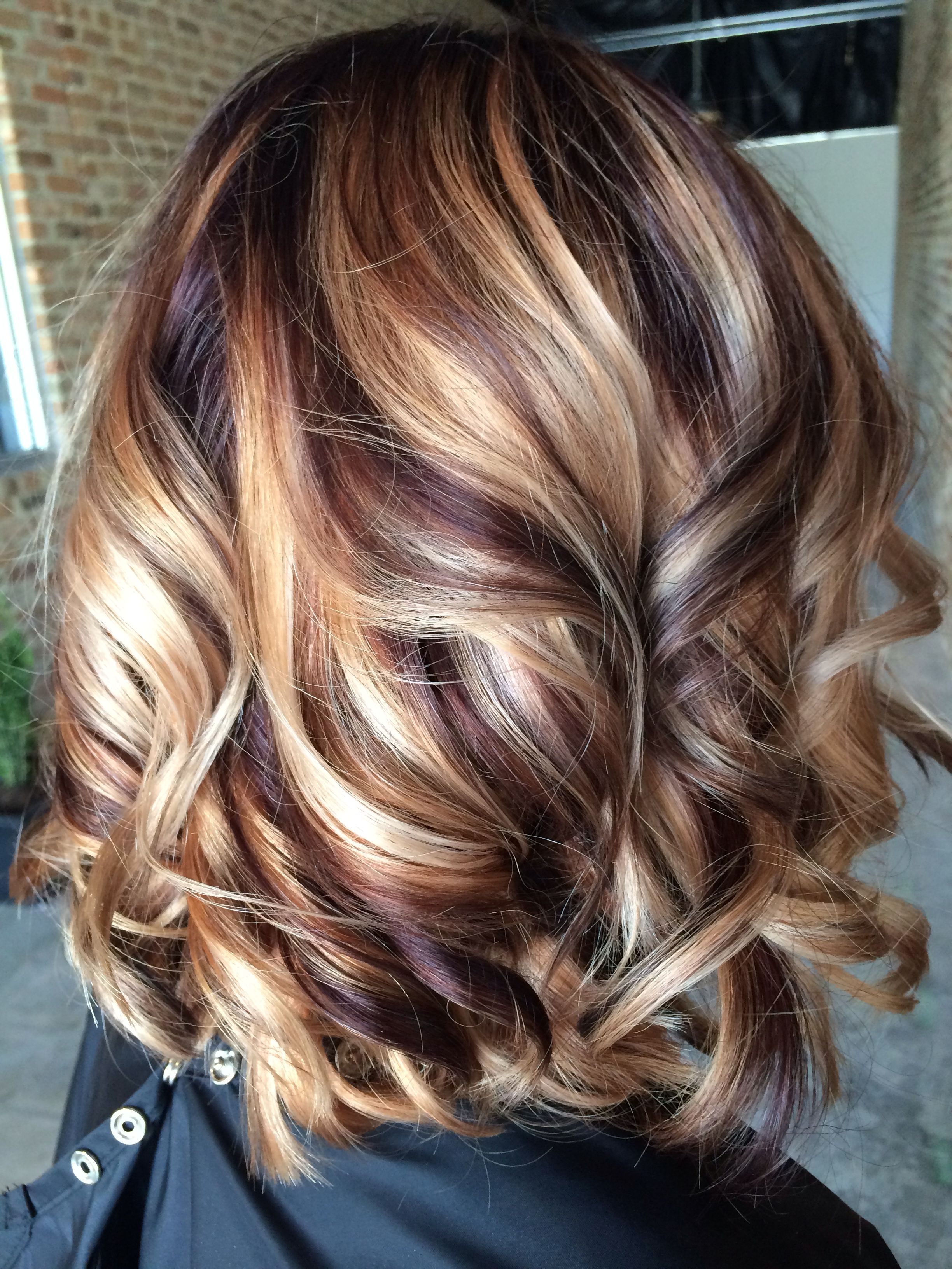 Hair Ideas Throughout Most Up To Date Dark Locks Blonde Hairstyles With Caramel Highlights (View 5 of 20)