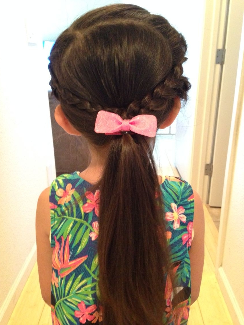 Hairstyles For Inside 2017 Brunette Ponytail Hairstyles With Braided Bangs (View 11 of 20)