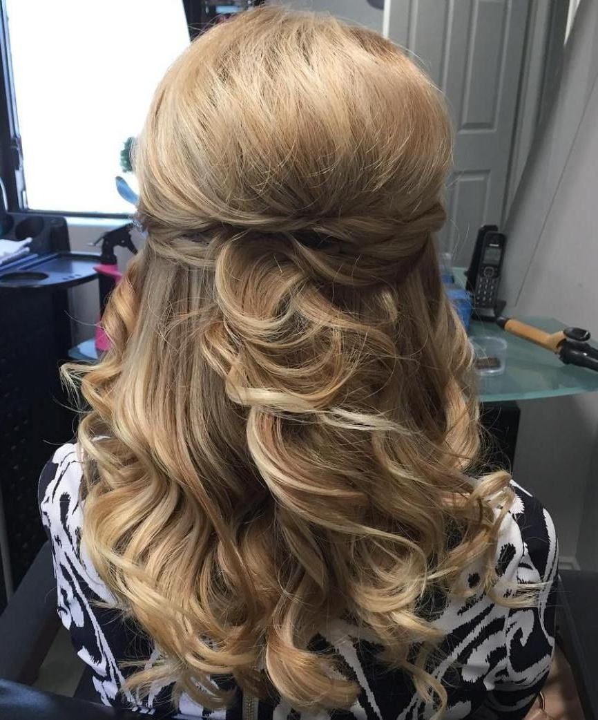 Featured Photo of Half Updo Blonde Hairstyles With Bouffant For Thick Hair