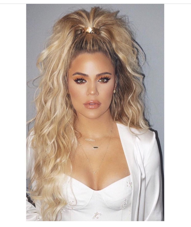 Khloe Kardashian – Curly, Half Up Ponytail (View 15 of 20)