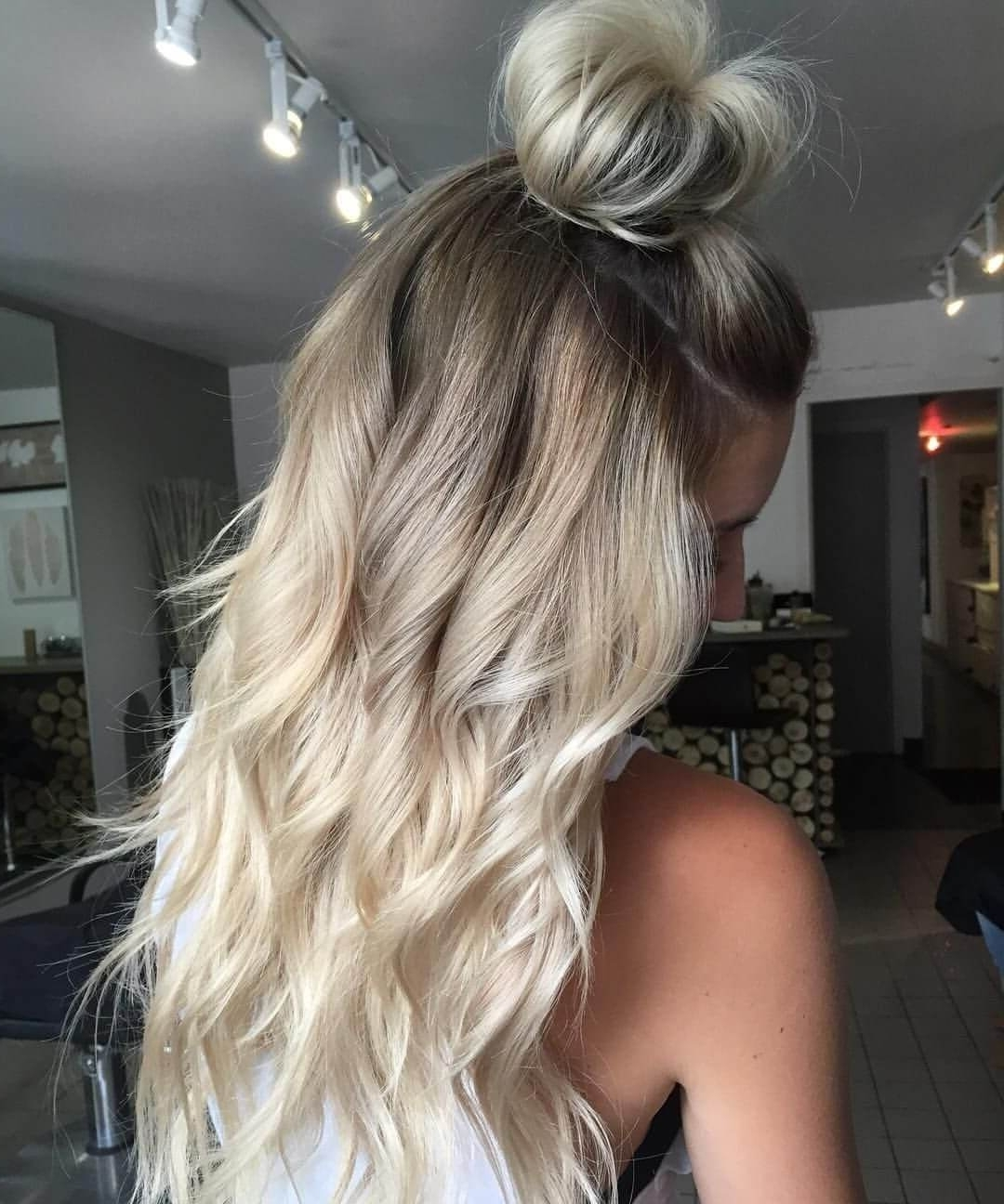 Latest Root Fade Into Blonde Hairstyles For 50 Proofs That Anyone Can Pull Off The Blond Ombre Hairstyle (View 12 of 20)