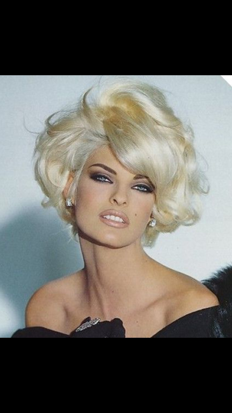 Linda Evangelista, Makeup And (View 12 of 20)