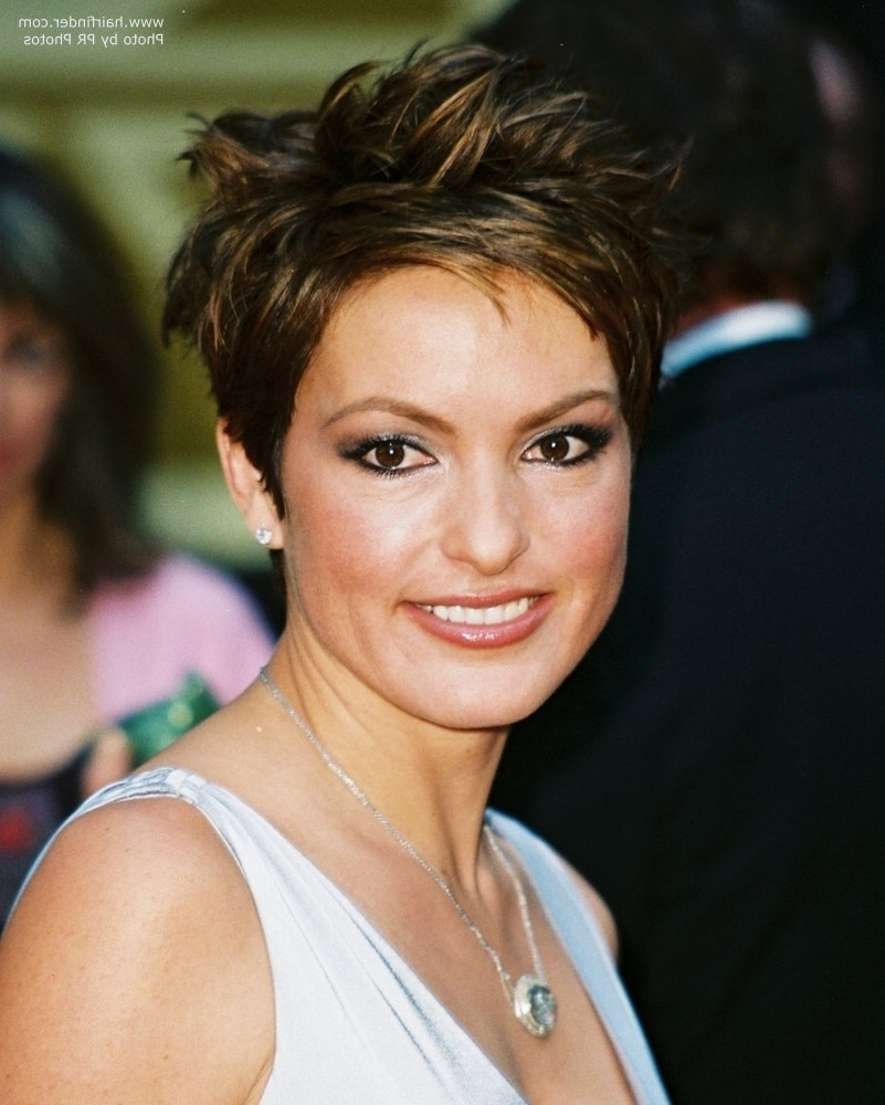 Mariska Hargitay Wearing A Short Choppy Haircut Or Pixie Pertaining To 2017 Choppy Gray Pixie Hairstyles (View 10 of 20)