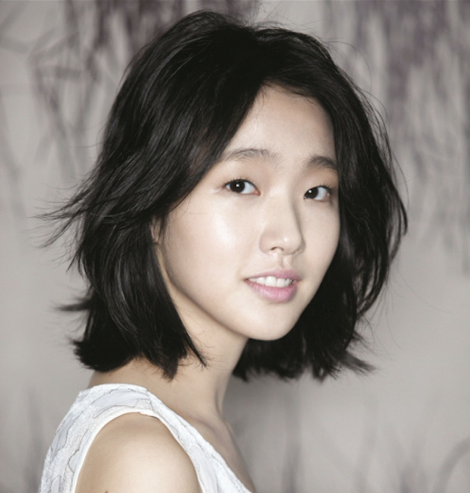 Meet Kim Go Eun, The Hottest New Actress In Town (View 12 of 20)