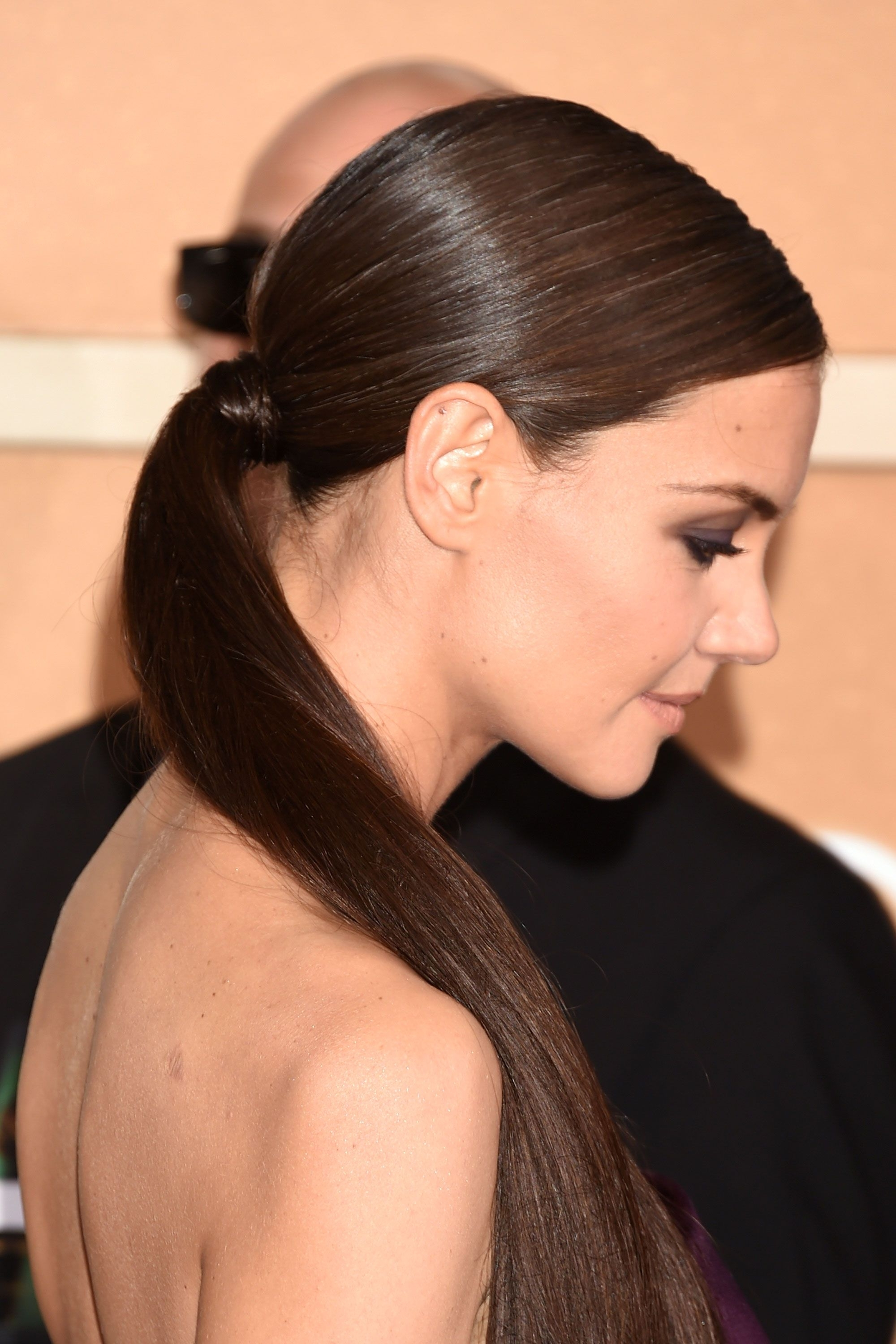 Most Current Sleek Pony Hairstyles With Thick Side Bangs With Regard To 40 Ponytail Hairstyles For 2017 – Best Ideas For Ponytails (View 7 of 20)
