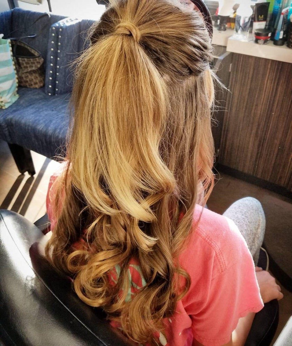 Most Popular Brunette Prom Ponytail Hairstyles With 28 Super Easy Prom Hairstyles To Try (View 16 of 20)