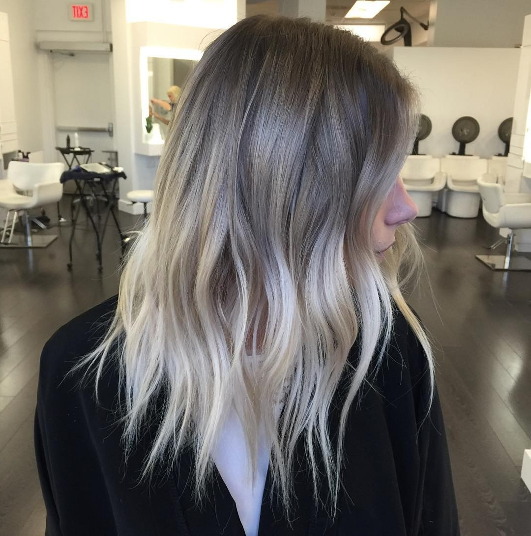 Most Popular Light Ash Locks Blonde Hairstyles Pertaining To 22 Stunning Blonde Balayage Hair Color Ideas – Hairstyles Weekly (View 6 of 20)