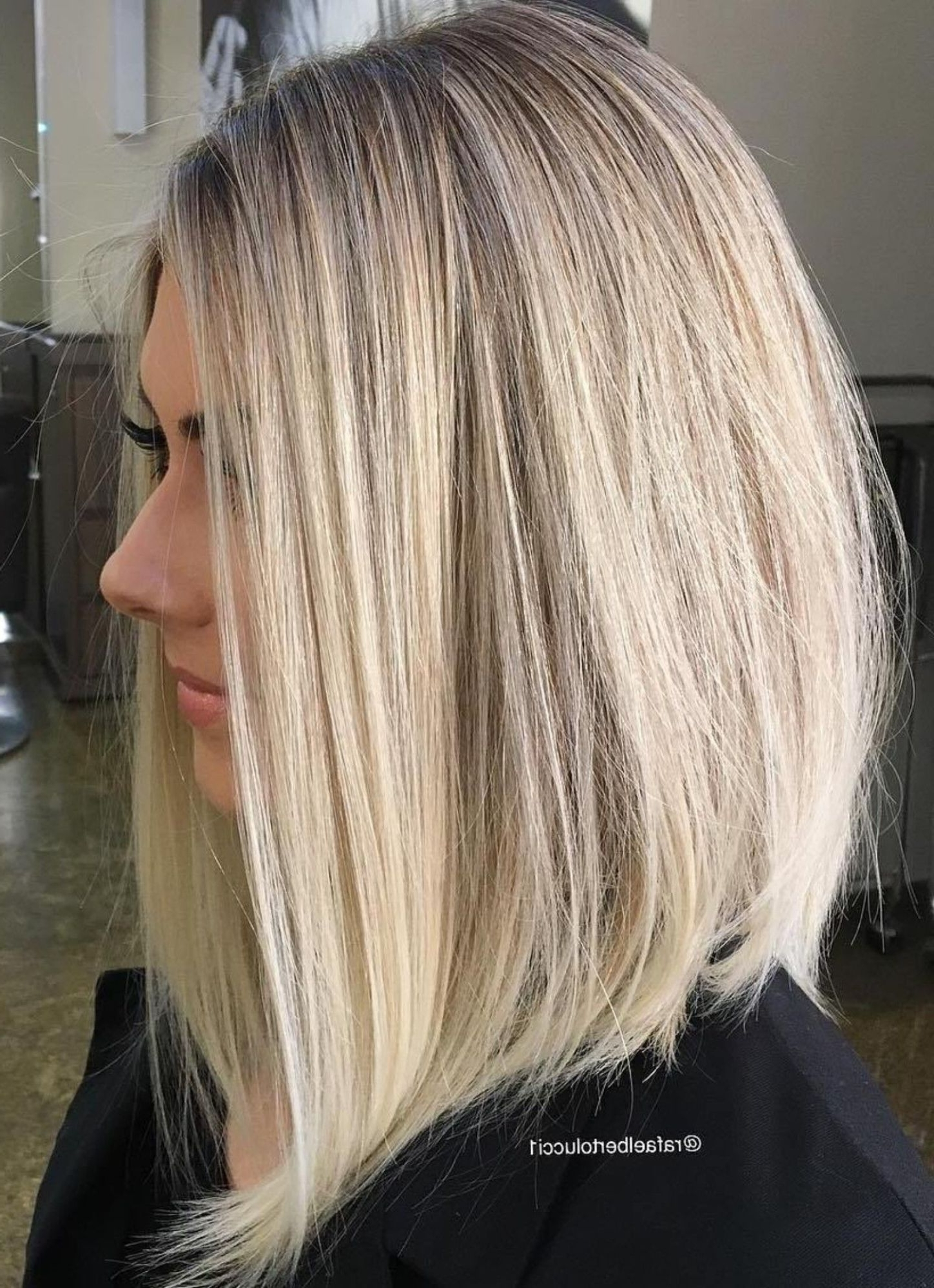 Featured Photo of Striking Angled Platinum Lob Blonde Hairstyles