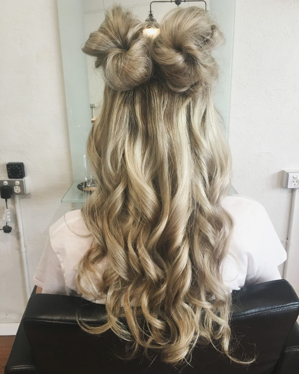 Most Recent Blonde Flirty Teased Ponytail Hairstyles In 38 Ridiculously Cute Hairstyles For Long Hair (popular In 2018) (View 18 of 20)