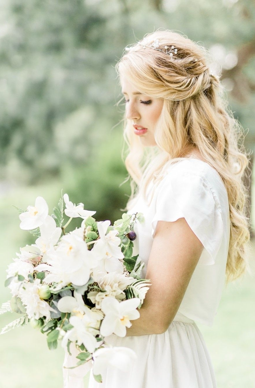 Most Recent White Wedding Blonde Hairstyles With Simple White Bridal Separates With Simple Petal Sleeves (View 4 of 20)