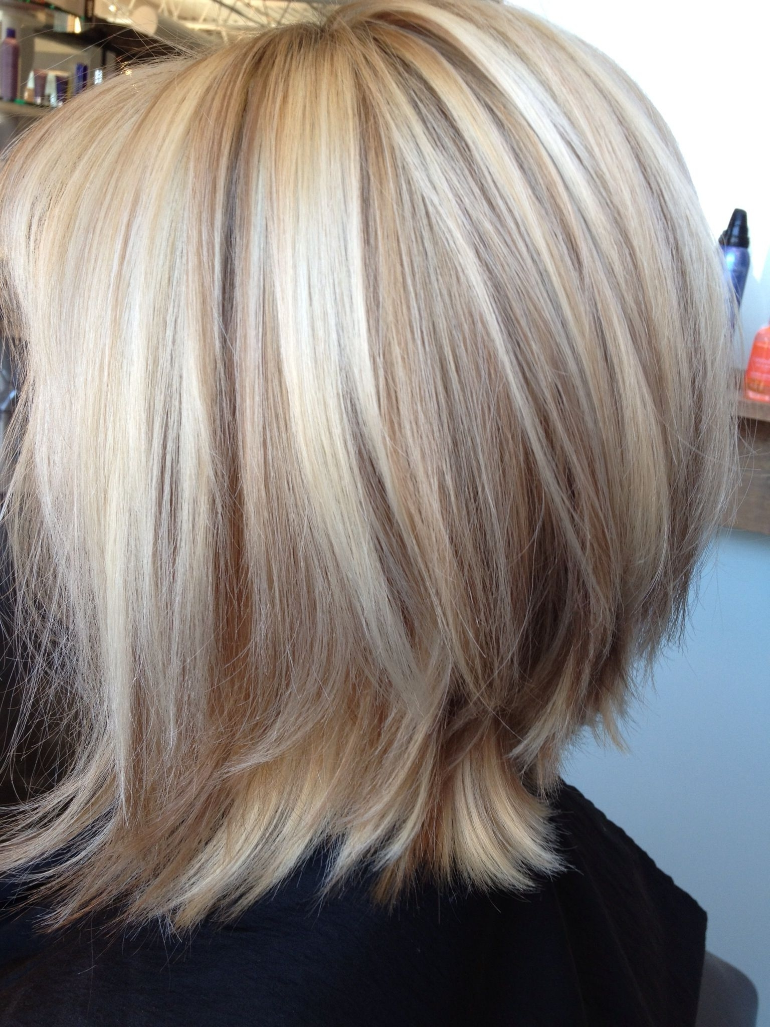 Most Recently Released Asymmetry Blonde Bob Hairstyles Enhanced By Color Intended For Gorgeous Blonde Bob With Lowlights (View 9 of 20)