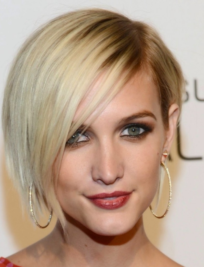 Most Recently Released Blonde Pixie Hairstyles With Short Angled Layers Throughout 12 Long Pixie Cuts, Bangs And Bob You Will Ever Need (View 14 of 20)