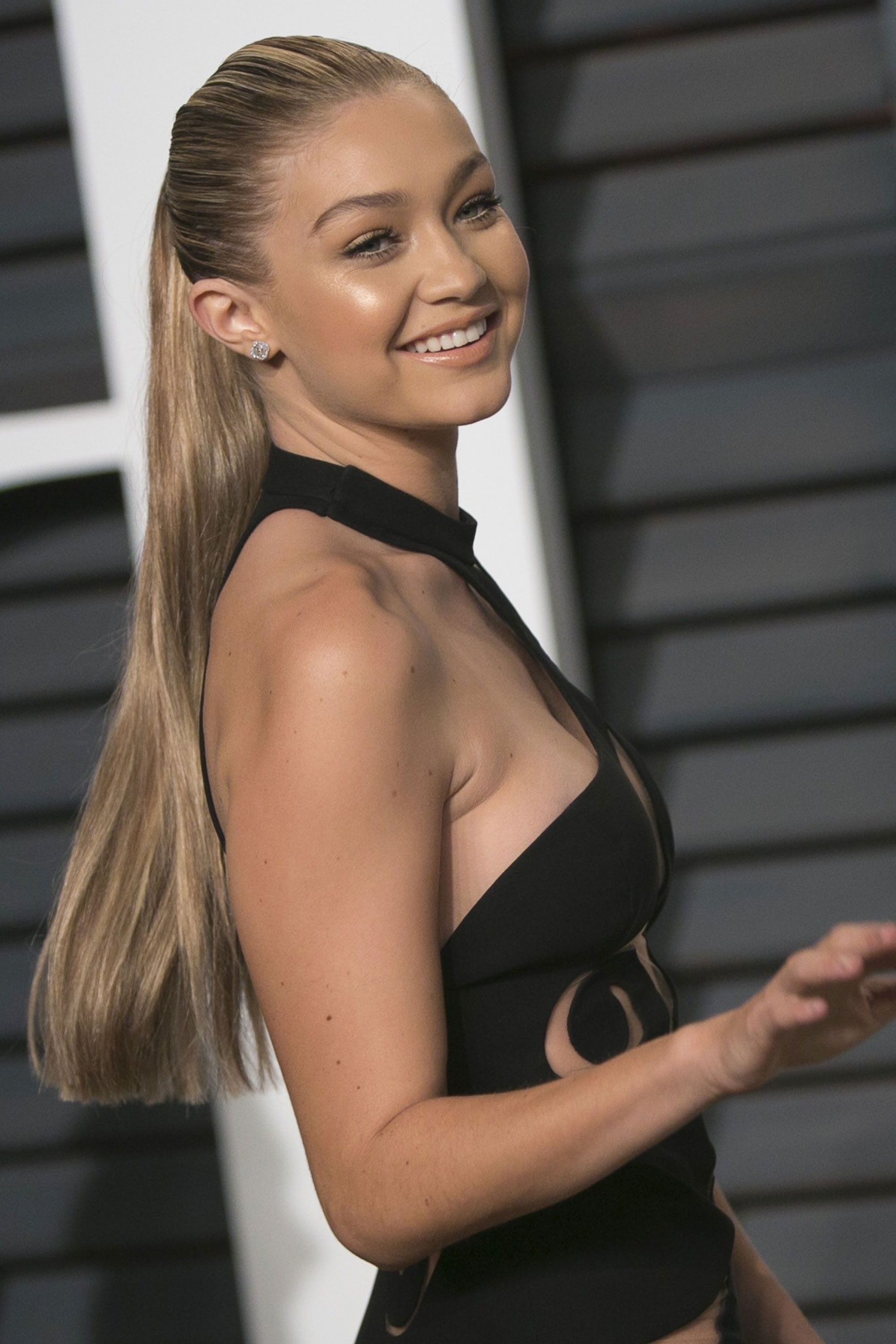 Most Recently Released Gigi Hadid Inspired Ponytail Hairstyles Intended For The Best Beauty Looks Of The Week In  (View 17 of 20)