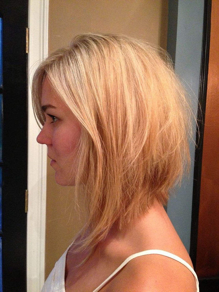 Most Up To Date Angled Wavy Lob Blonde Hairstyles Inside Blonde Angled Bob Hairstyles 14 With Blonde Angled Bob Hairstyles (View 12 of 20)