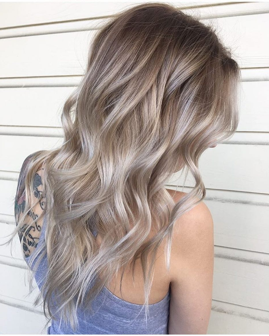 Newest Glamorous Silver Blonde Waves Hairstyles For 10 Ash Blonde Hairstyles For All Skin Tones, 2018 Best Hair Color Trends (View 13 of 20)