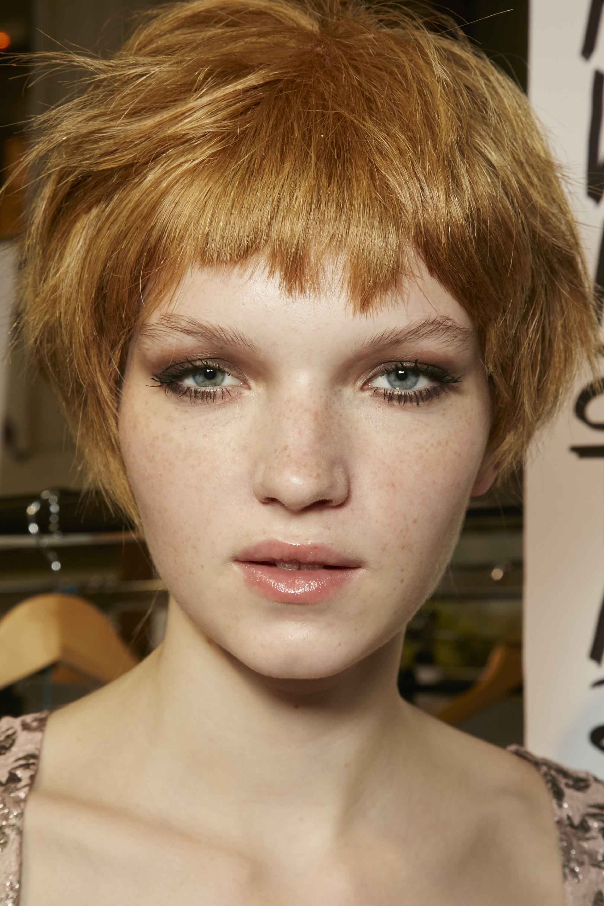 Pixie Cuts For Oval Faces: 5 Directional Looks To Try Now Within Trendy Choppy Bowl Cut Pixie Hairstyles (View 13 of 20)