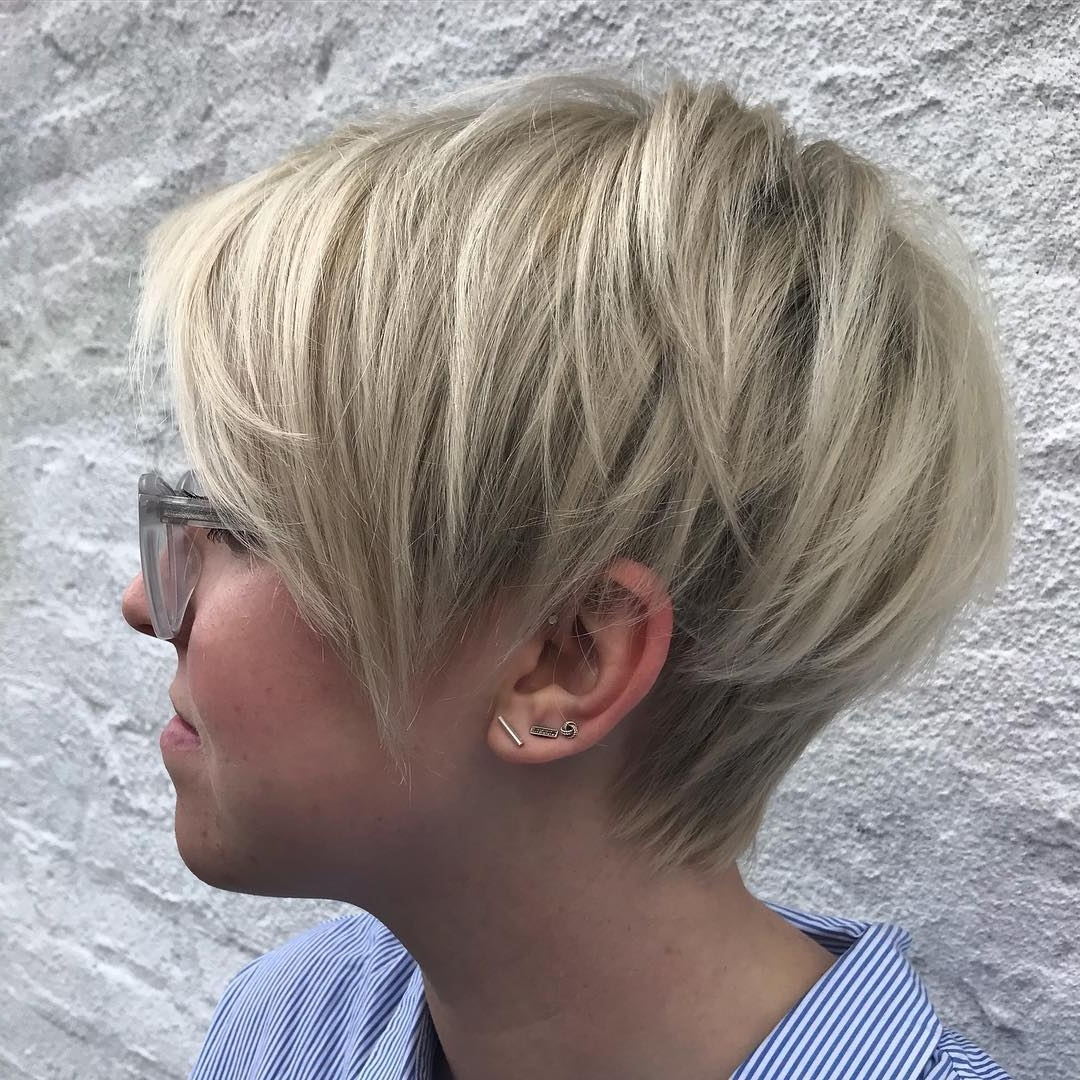 Popular Platinum Blonde Disheveled Pixie Hairstyles Throughout 60 Gorgeous Long Pixie Hairstyles (View 14 of 20)