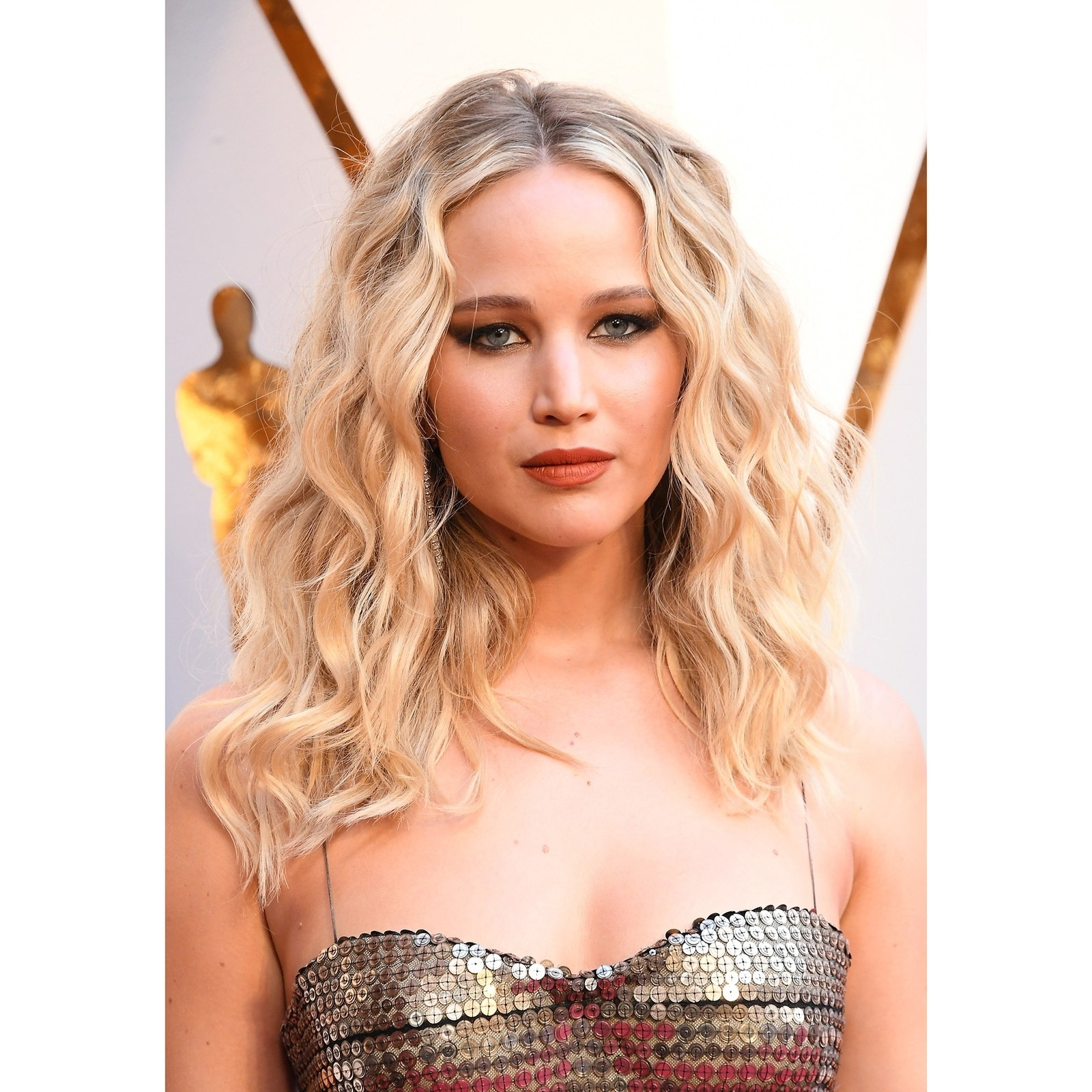Popular Red Carpet Worthy Hairstyles Within Best Hairstyle Ideas For Long Hair From 2018 Red Carpets – Allure (View 16 of 20)