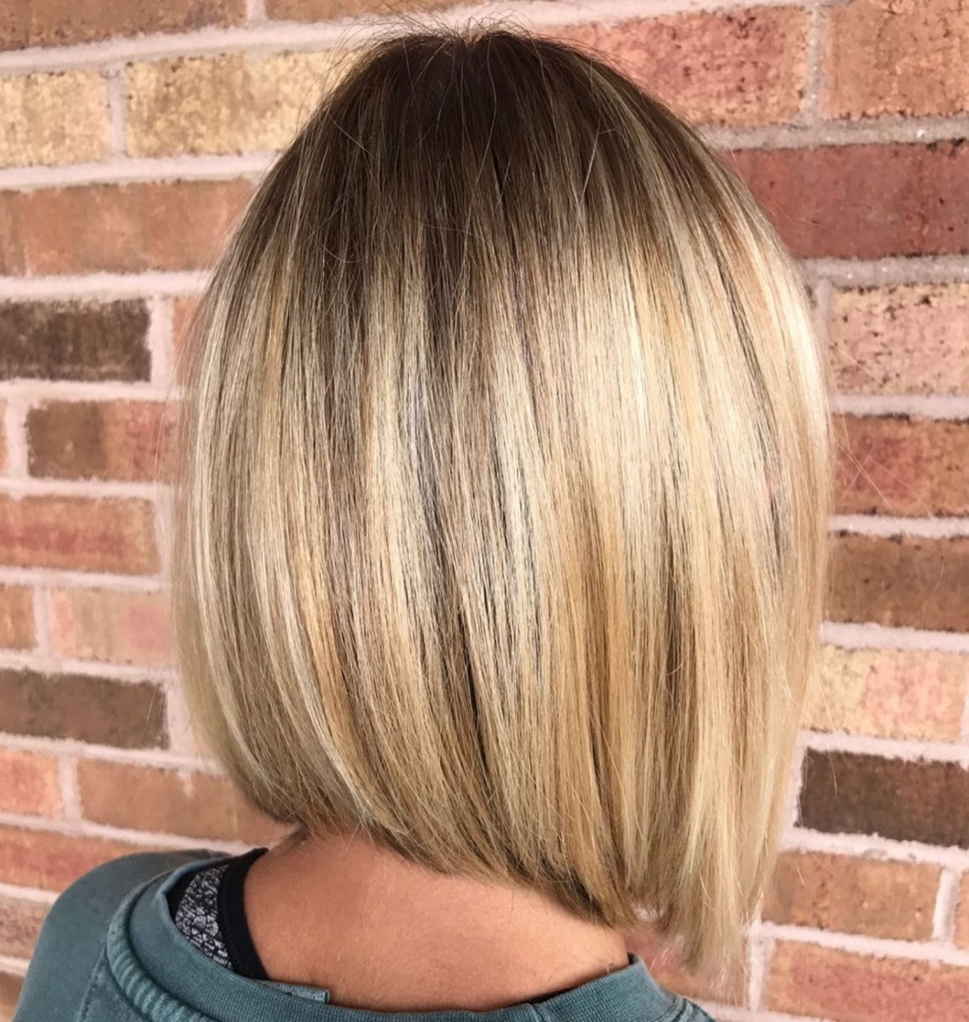 Popular Sleek White Blonde Lob Hairstyles Intended For 70 Winning Looks With Bob Haircuts For Fine Hair In  (View 15 of 20)