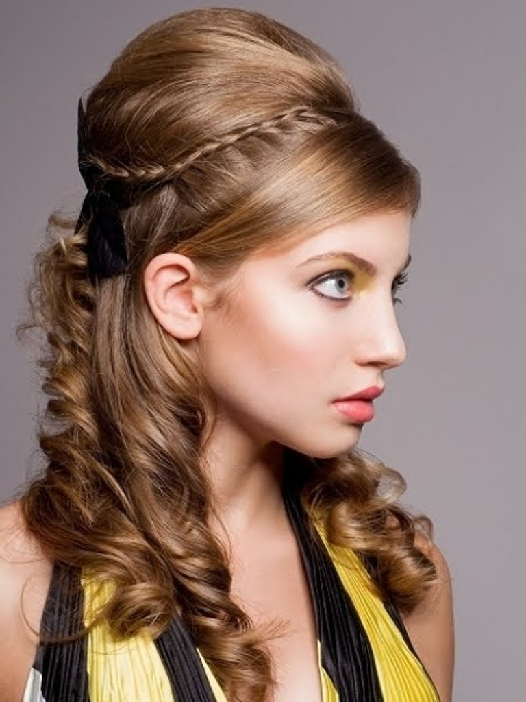 Popular Vintage Curls Ponytail Hairstyles Regarding Vintage Curly Pin Up Hairstyles 71 Inspiration With Curly Pin Up (View 16 of 20)