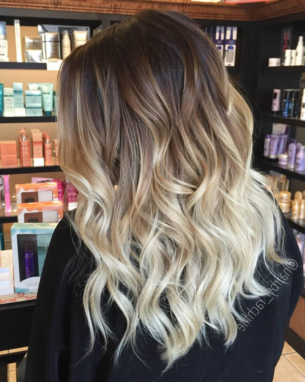 Preferred Dark Roots And Icy Cool Ends Blonde Hairstyles Inside 50 Proofs That Anyone Can Pull Off The Blond Ombre Hairstyle (View 10 of 20)