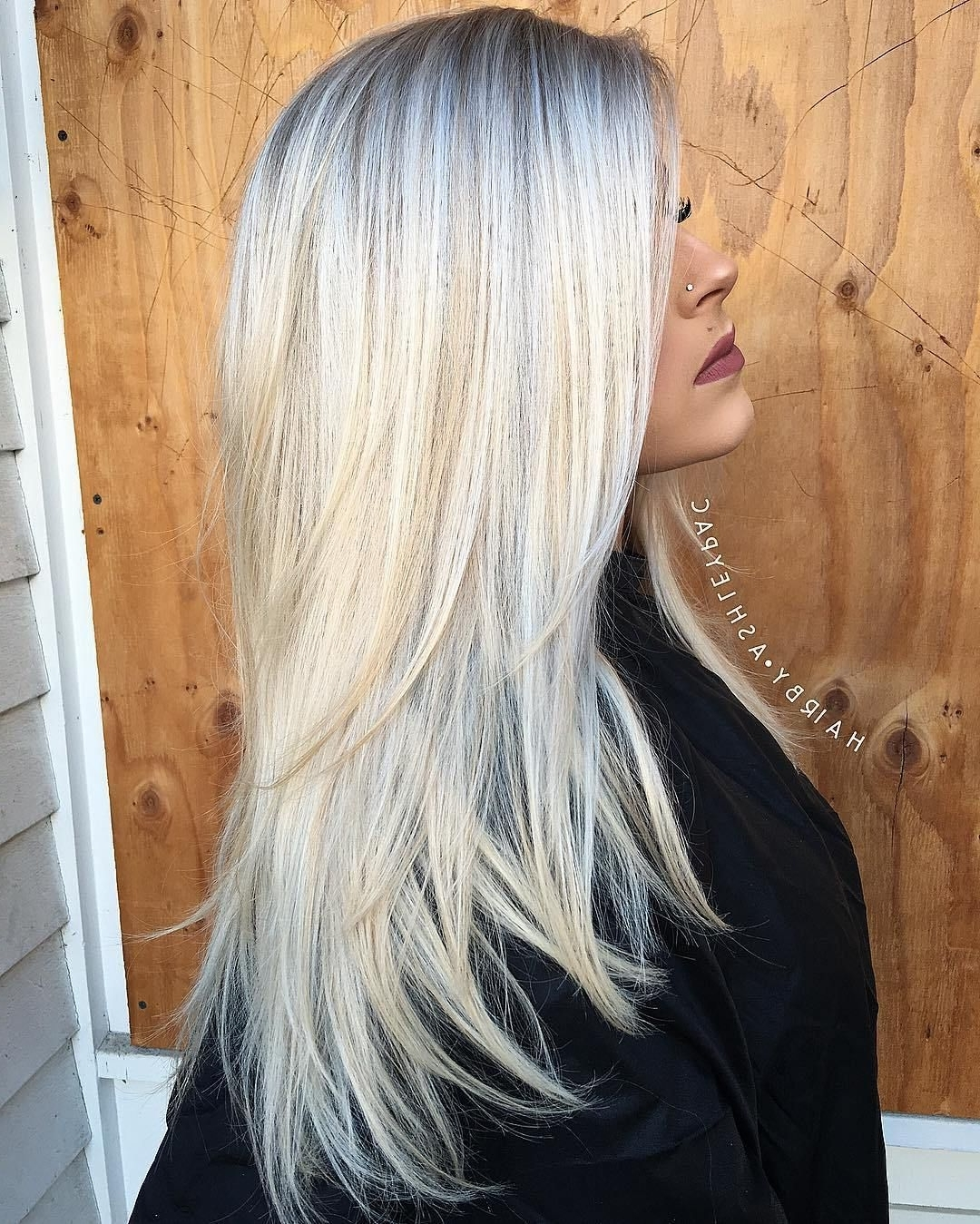 Preferred Feathered Ash Blonde Hairstyles In 40 Long Hairstyles And Haircuts For Fine Hair Ash Blonde Hair Ash In (View 16 of 20)