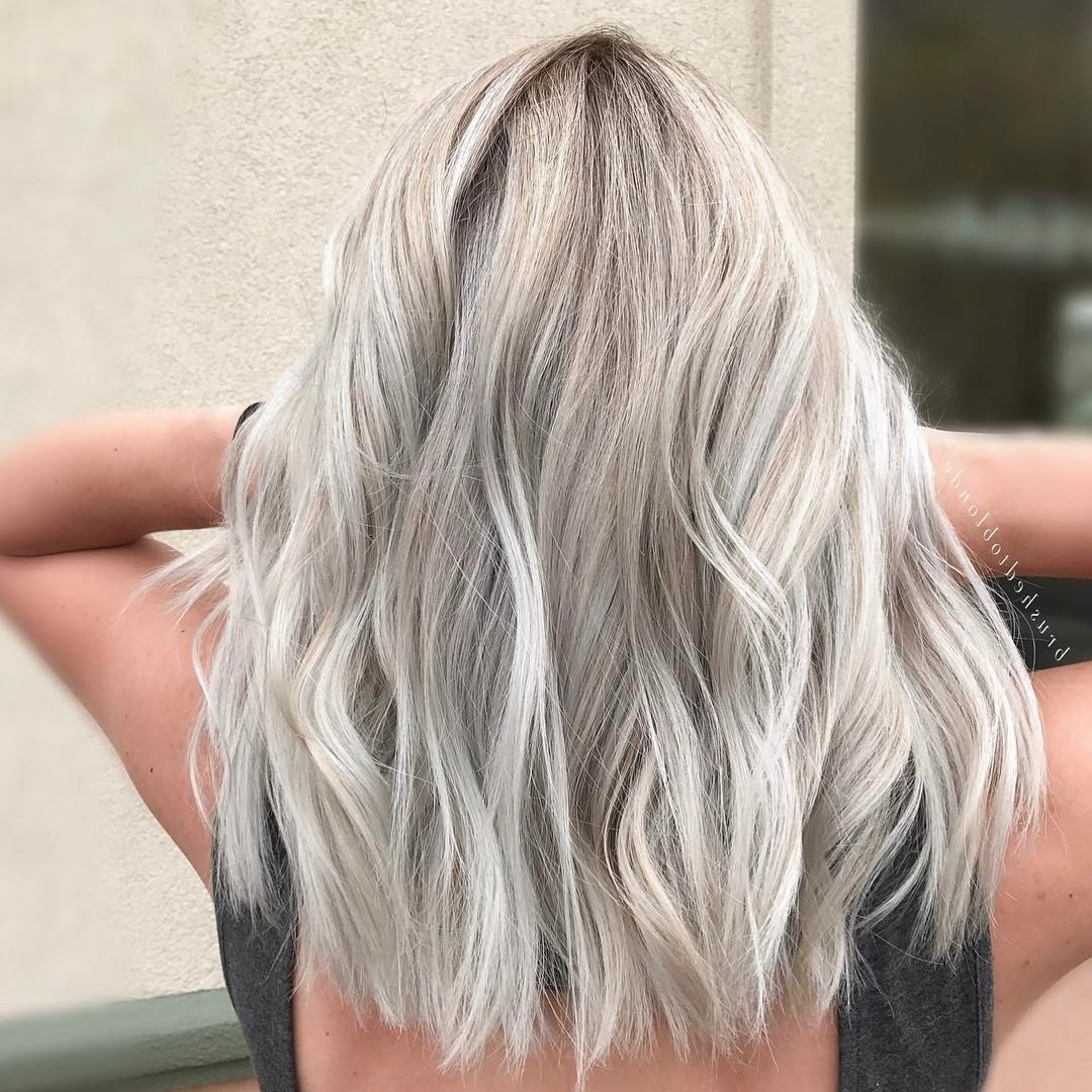 Preferred Soft Ash Blonde Lob Hairstyles For Straight Hair Theme Particularly Pinpauline Kuzemchik On Ash (View 15 of 20)