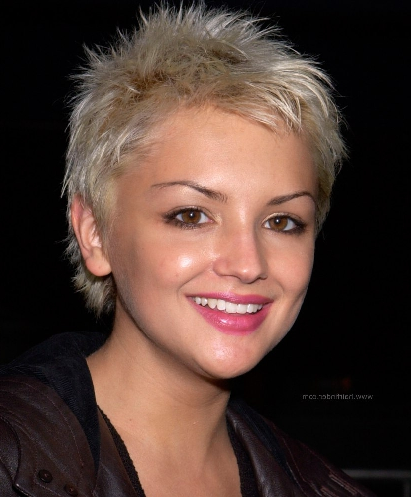 Rachael Leigh Cook With Her Hair Chopped Off (View 14 of 20)