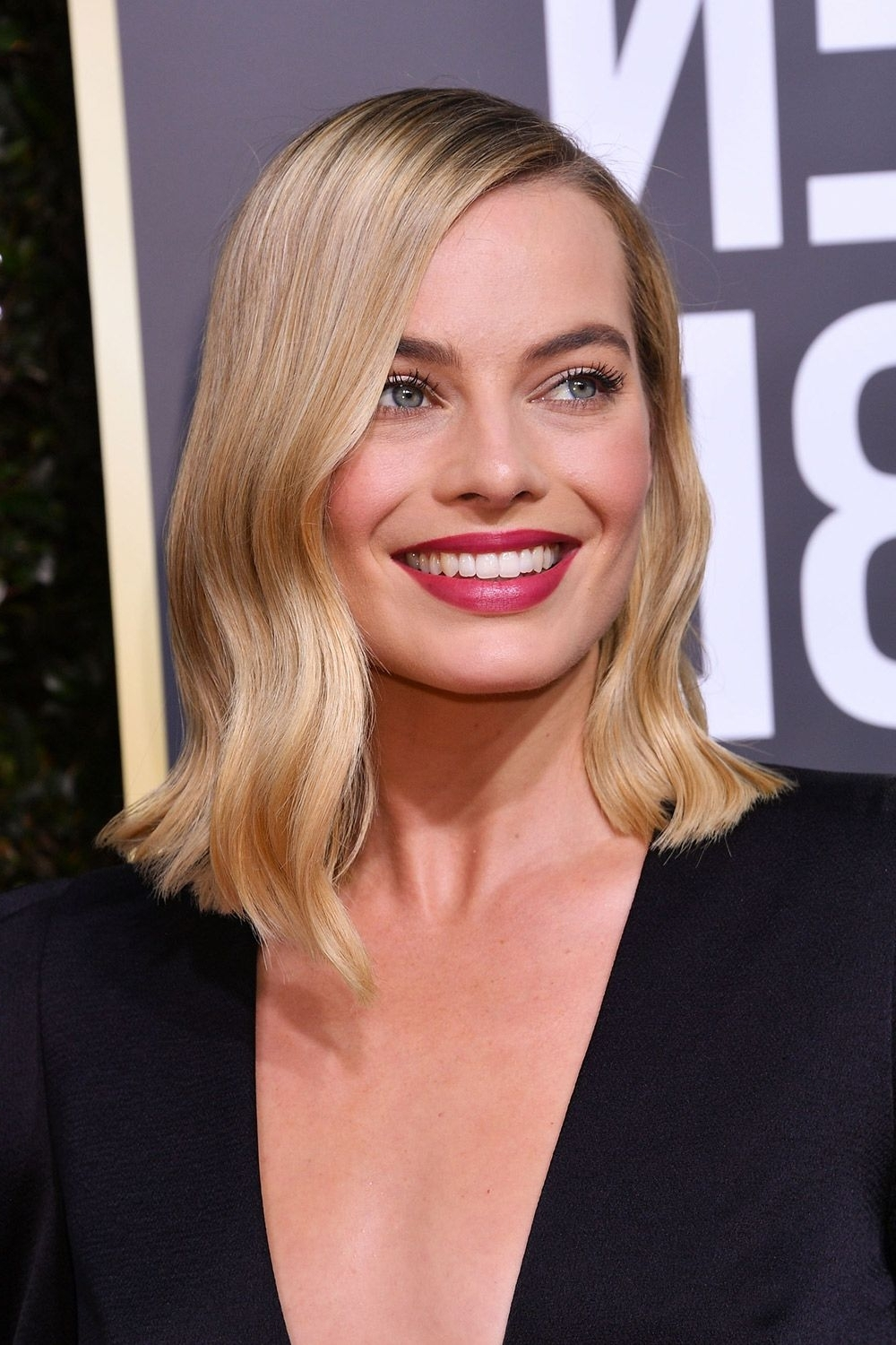 Recent Blonde Lob Hairstyles With Middle Parting Within 60 Best Lob Haircut Ideas Of 2018 – Best Long Bob Haircut And (Gallery 13 of 20)