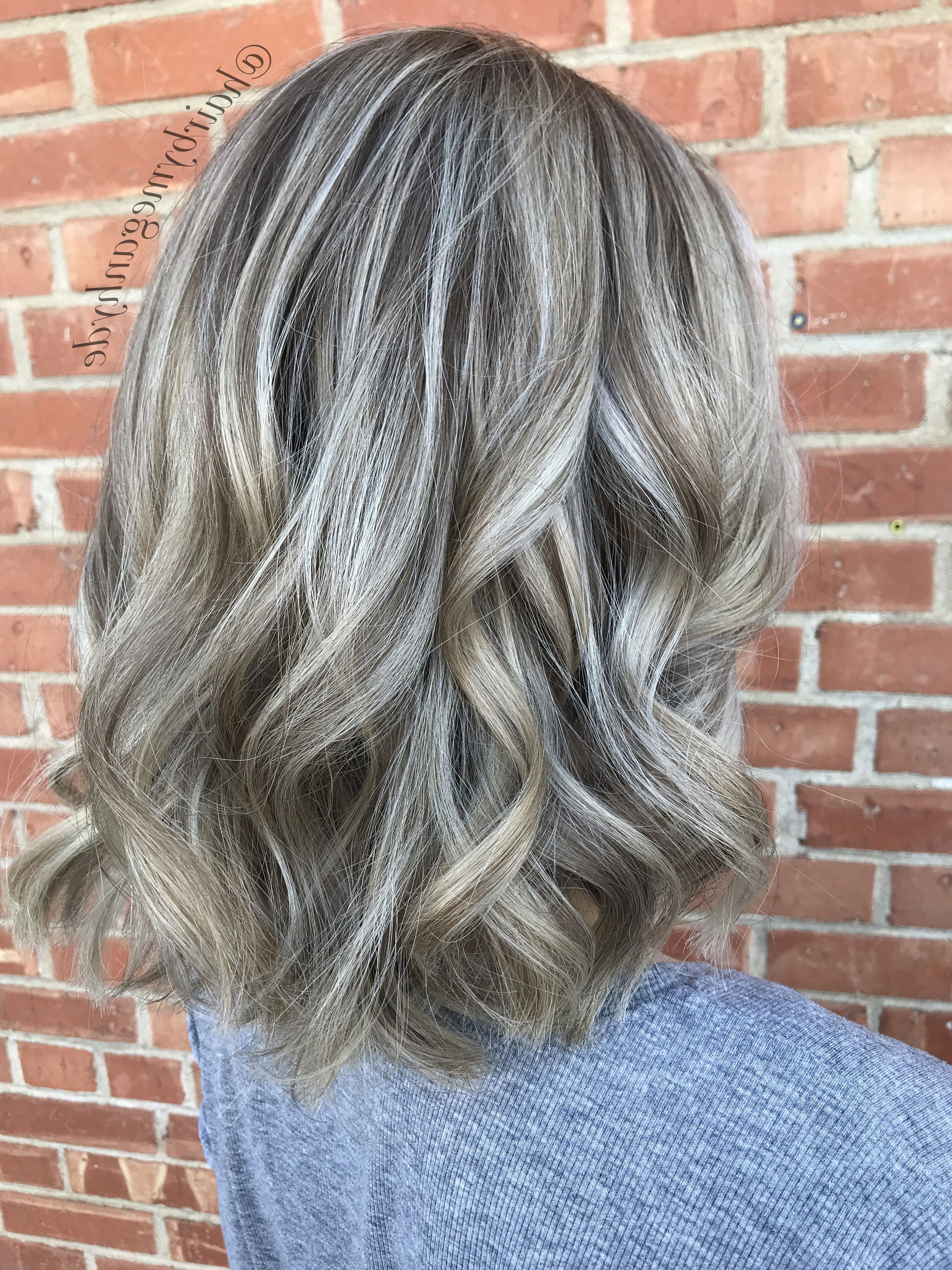 Recent Tortoiseshell Curls Blonde Hairstyles For Dimensional Blonde Balayage #blonde #hair #balayage #dimensional (Gallery 10 of 20)