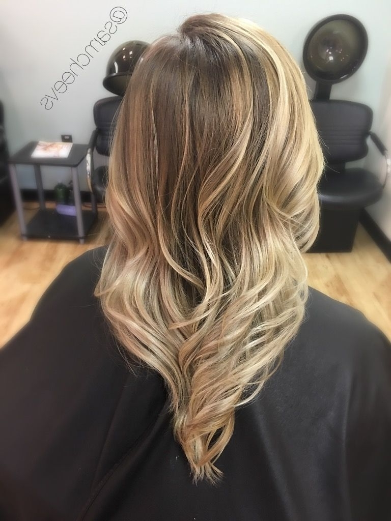 Shades Of Warm Platinum Honey Golden Blonde // Highlights For Light With Most Current No Fuss Dirty Blonde Hairstyles (View 19 of 20)