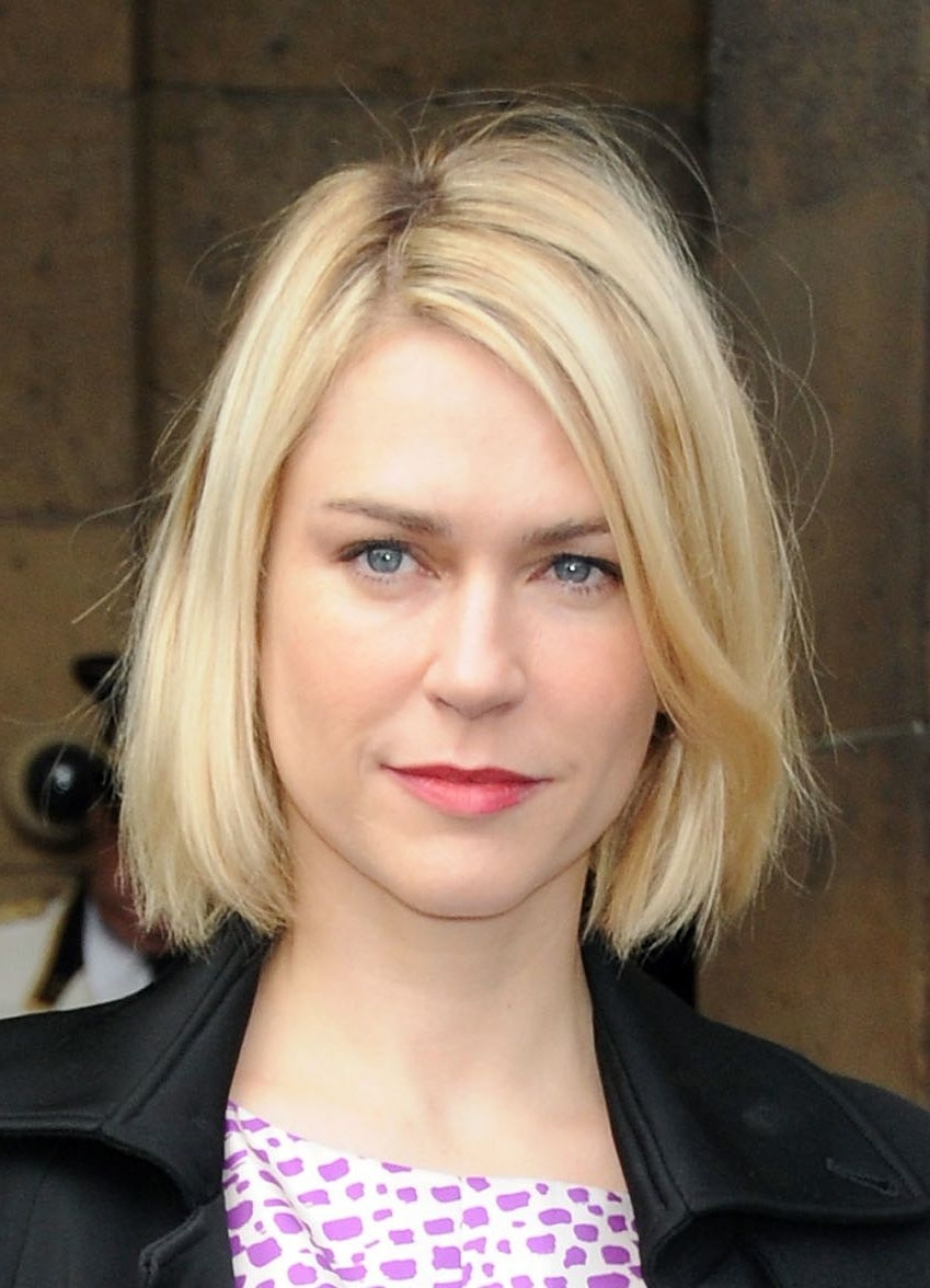 The Most Modern Long Bob Hairstyles Of The Moment For Preferred Curly Caramel Blonde Bob Hairstyles (View 18 of 20)
