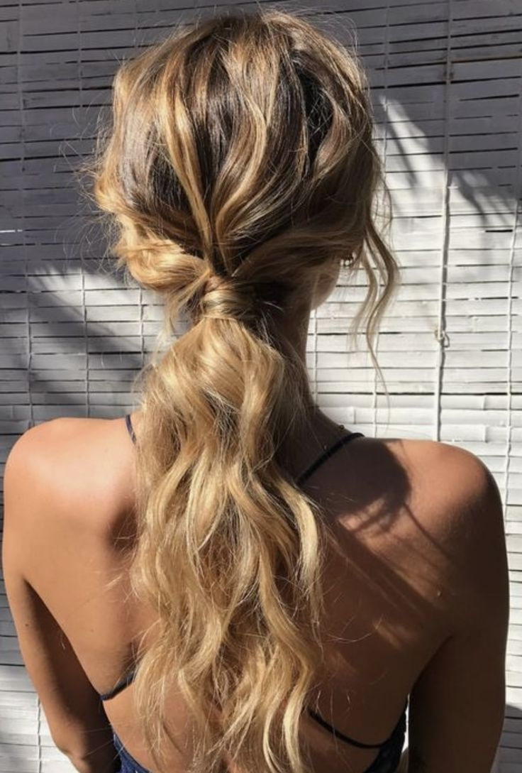 Trendy Intricate Updo Ponytail Hairstyles For Highlighted Hair Pertaining To Easy Beachy Ponytail Hairstyle (View 2 of 20)