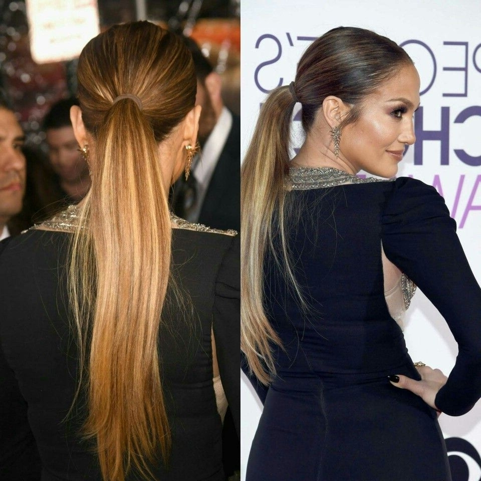 Trendy Stylish Supersized Ponytail Hairstyles Throughout People's Choice Awards 2017: Jennifer Lopez Wore A Basic Hair Tie In (View 18 of 20)