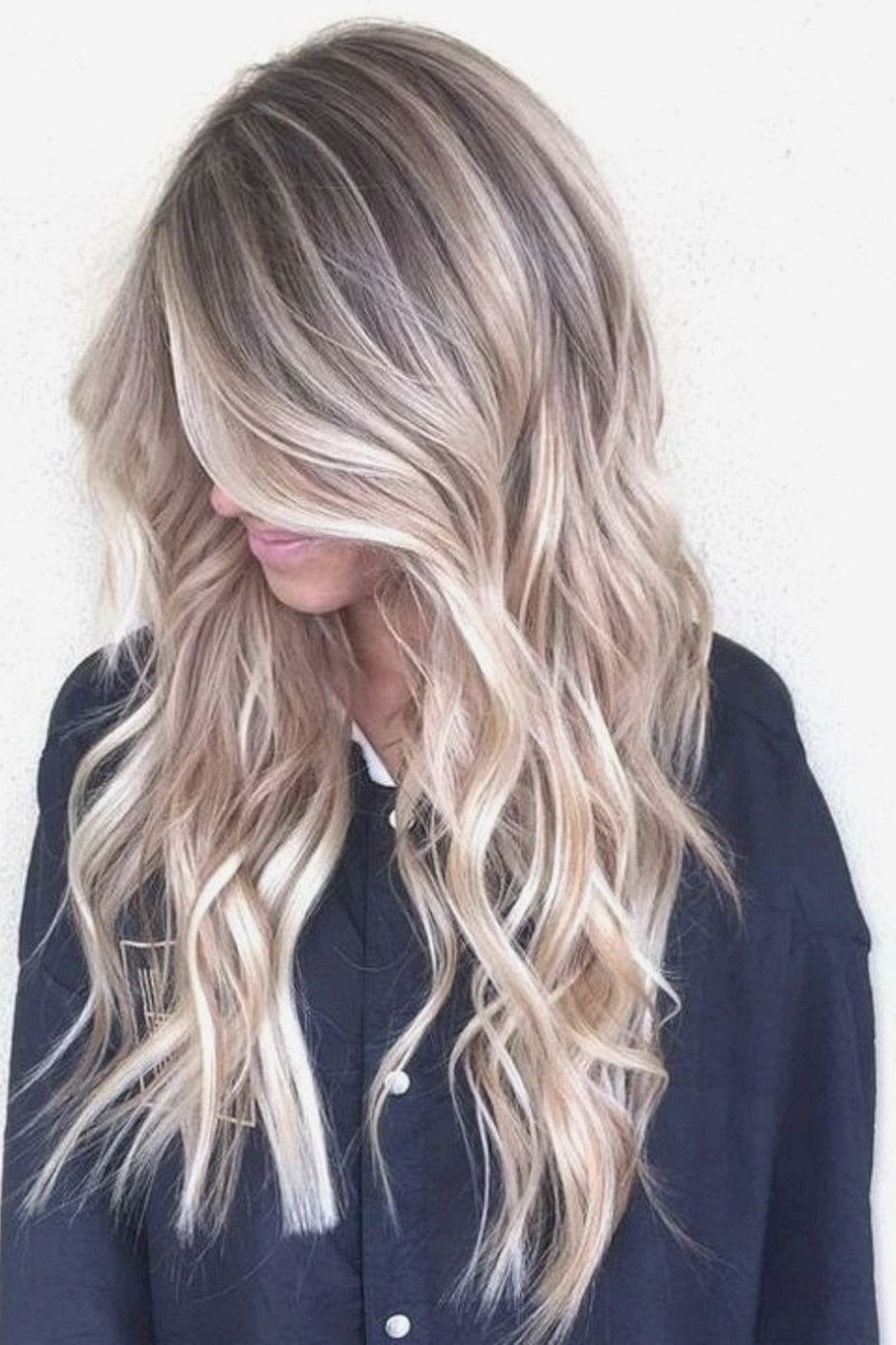 Well Known Fresh And Flirty Layered Blonde Hairstyles Throughout 60 Ultra Flirty Blonde Hairstyles You Have To Try — Style Estate (View 19 of 20)