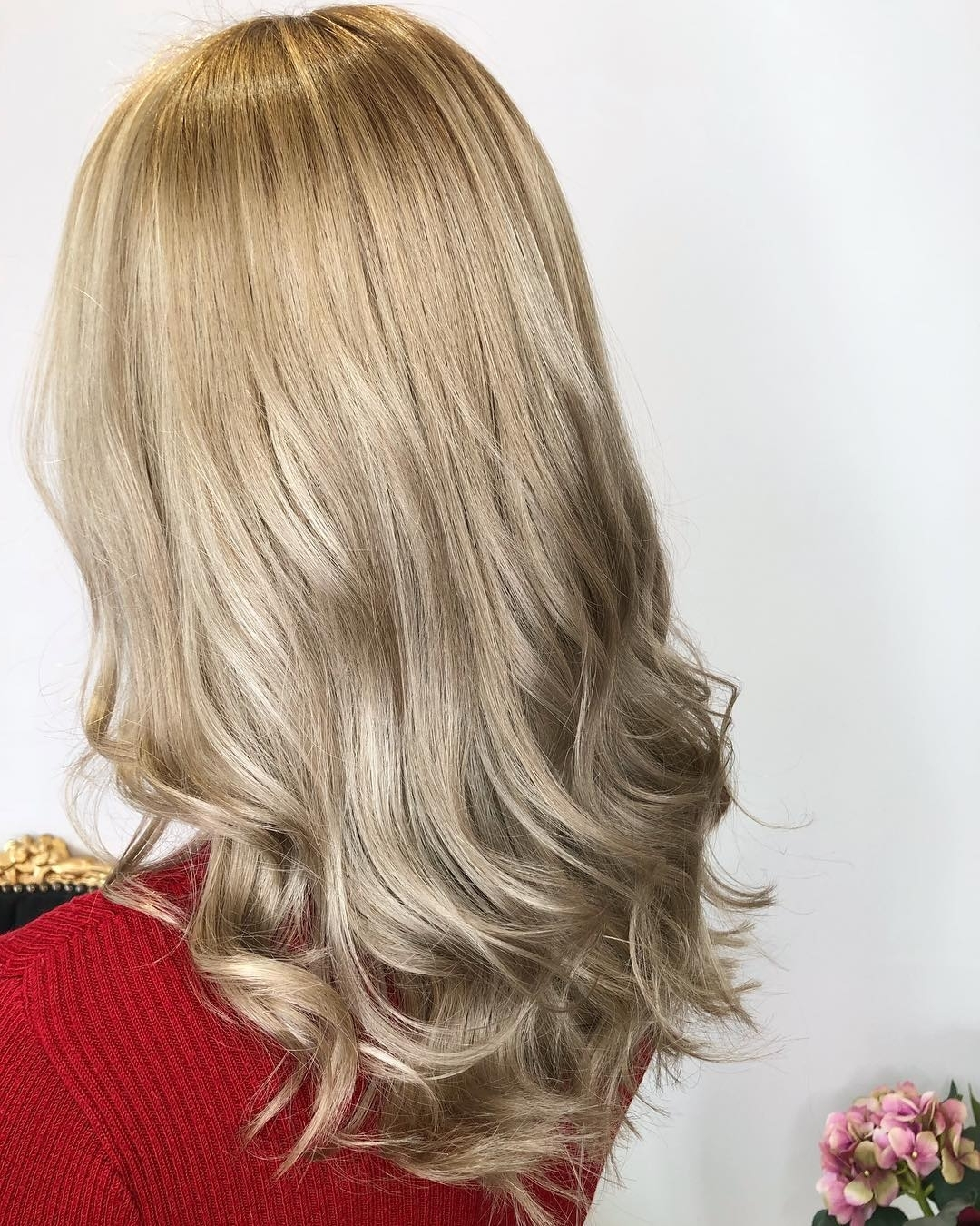 Well Known Honey Hued Beach Waves Blonde Hairstyles Throughout 27 Sweet Honey Blonde Ideas You Must Check Out (View 20 of 20)