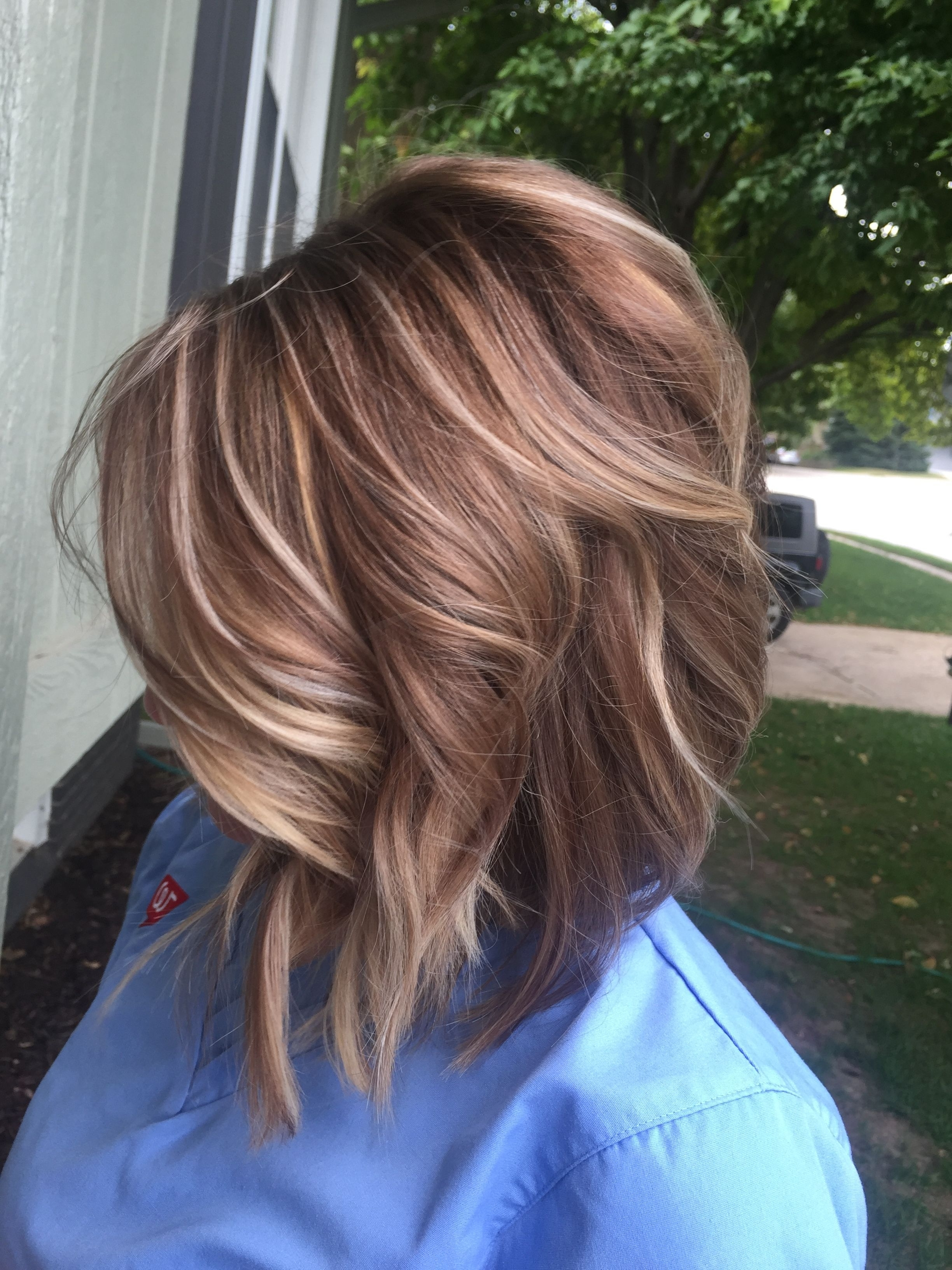 Well Known Messy Blonde Lob With Lowlights Within Pinupdo (View 19 of 20)