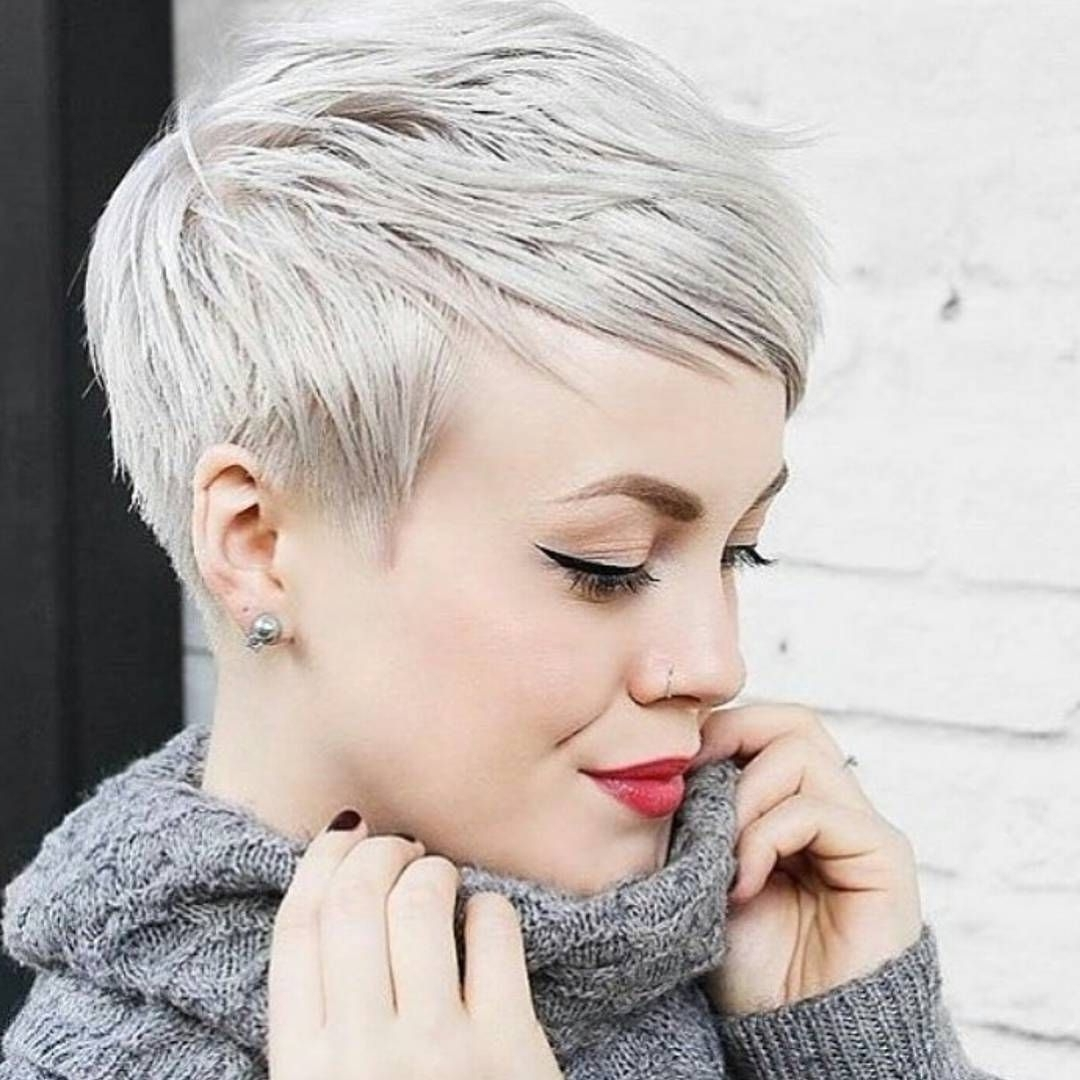 Well Known Short Silver Crop Blonde Hairstyles Within Pinkamilla Grigoryeva On Для Меня (View 16 of 20)