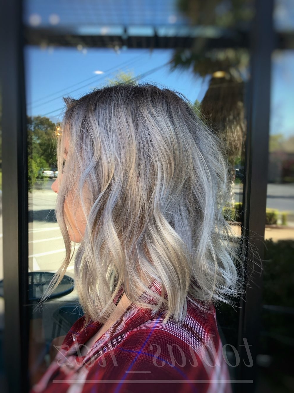 Widely Used Silver Blonde Straight Hairstyles In Ash Blonde, Dark Roots, Silver Hair, Dimension, Bob, Lob, Texture (View 2 of 20)