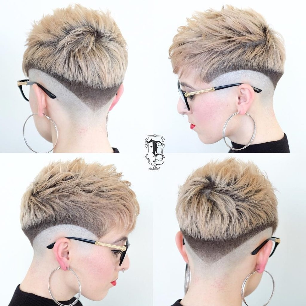 Women's Eccentric Two Toned Fade Cut Pixie With Blunt Lines Short With Regard To Widely Used Choppy Pixie Fade Hairstyles (View 3 of 20)