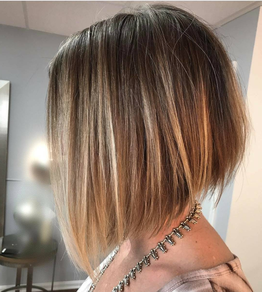 10 Flattering Short Straight Hairstyles 2019 Intended For Stacked Copper Balayage Bob Hairstyles (View 3 of 20)