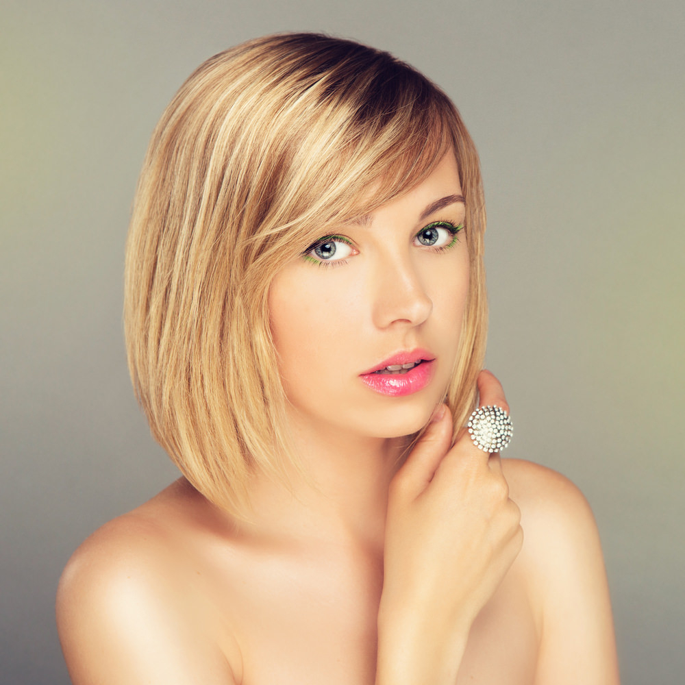 102 Side Swept Bangs Hairstyles & Haircuts For Women (2018) Throughout Rounded Bob Hairstyles With Side Bangs (View 1 of 20)