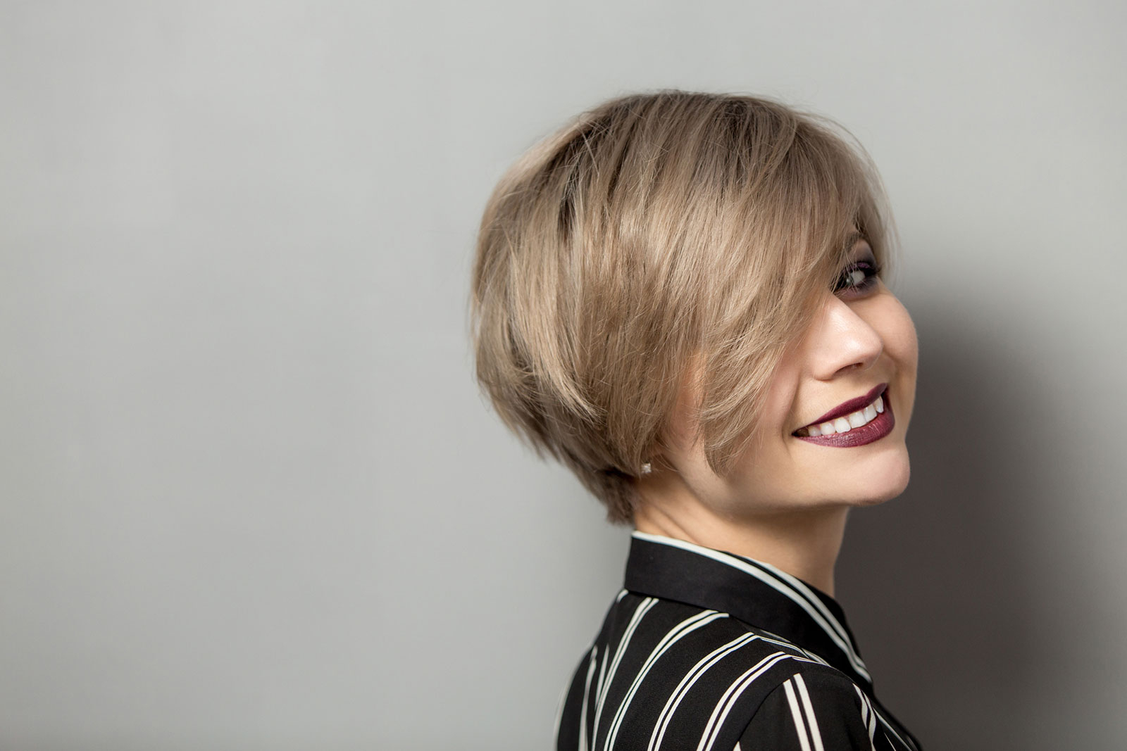 12 Short Bob Haircuts And Hairstyles Regarding Choppy Rounded Ash Blonde Bob Haircuts (View 5 of 20)
