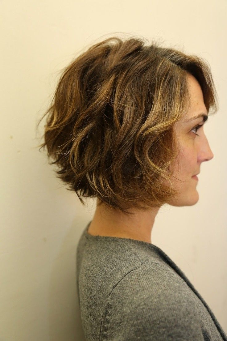 12 Stylish Bob Hairstyles For Wavy Hair | Hair Styles | Pinterest With Regard To Inverted Brunette Bob Hairstyles With Messy Curls (View 4 of 20)