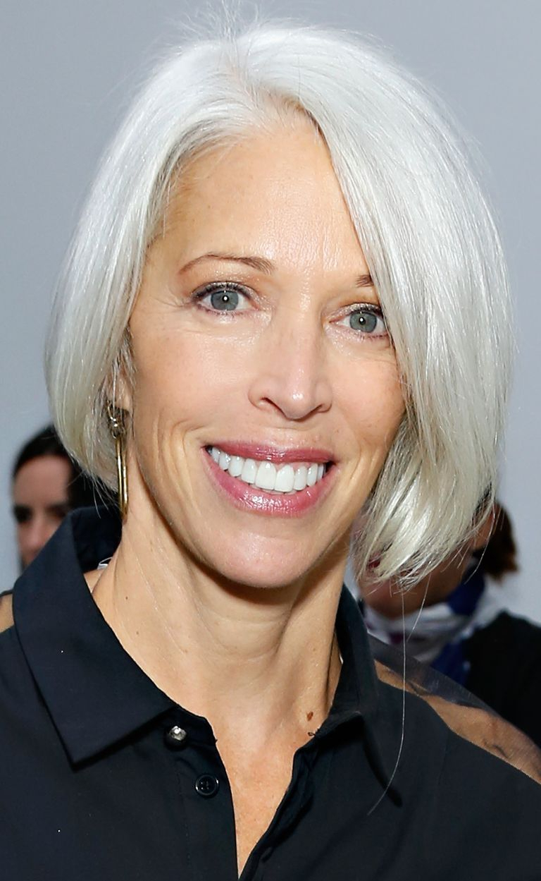 18 Flattering Bob Hairstyles On Older Women Intended For Stacked Sleek White Blonde Bob Haircuts (View 12 of 20)