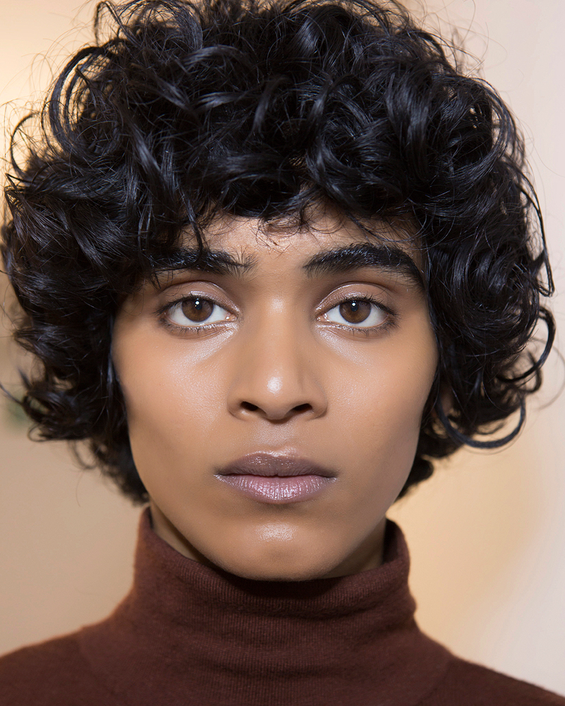 19 Gorgeous Curly Haircuts That Show Off Your Natural Texture For Natural Textured Curly Hairstyles (View 2 of 20)