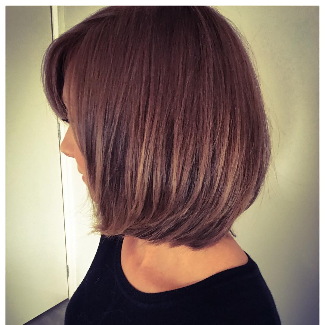 30 Edgy Medium Length Haircuts For Thick Hair [October, 2018] Inside Classic Layered Bob Hairstyles For Thick Hair (View 4 of 20)