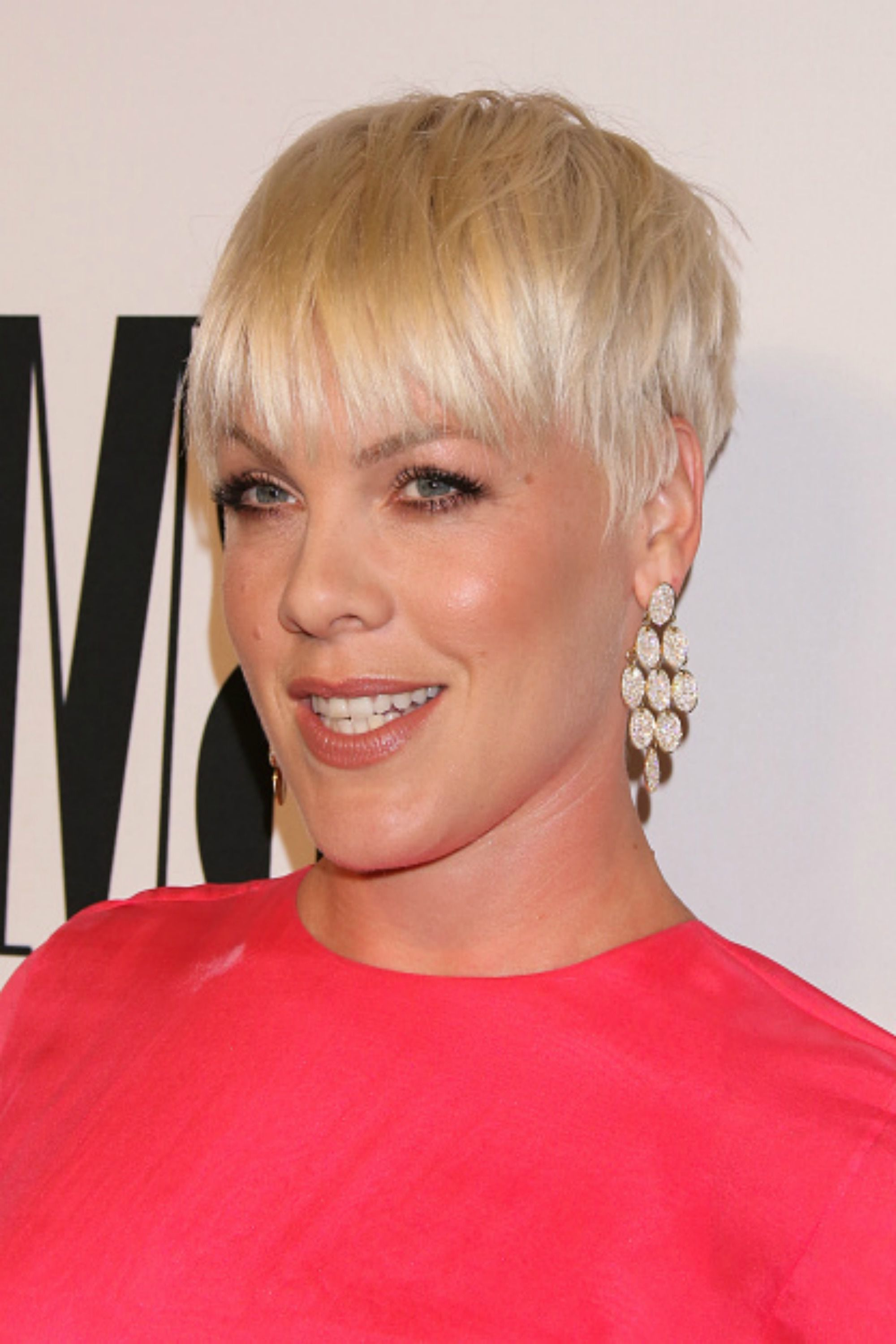 30 Short Hairstyles For Thick Hair 2017 – Women's Haircuts For Short Intended For Sleeked Down Pixie Hairstyles With Texturizing (View 4 of 20)