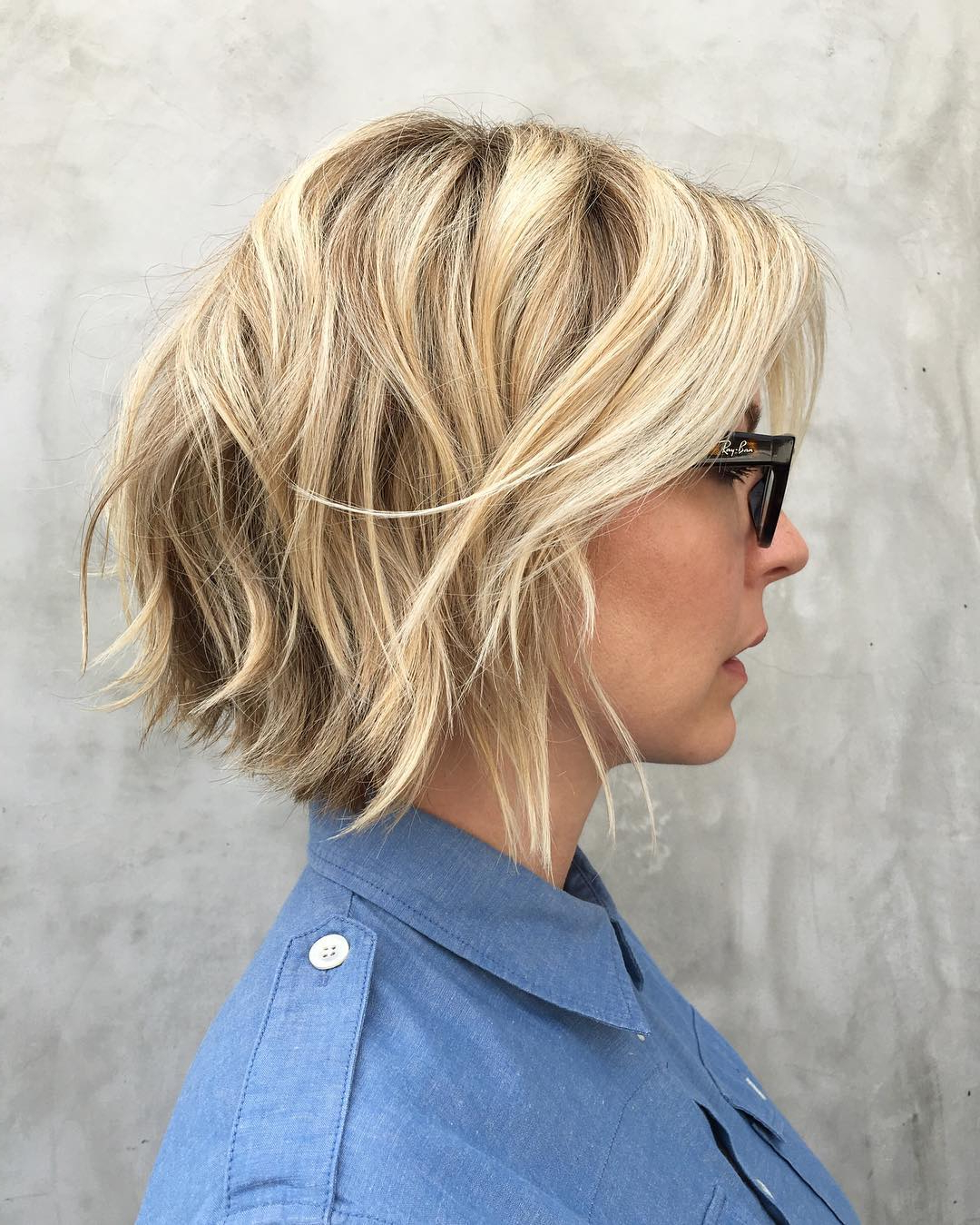 30 Trendiest Shaggy Bob Haircuts Of The Season Inside Inverted Brunette Bob Hairstyles With Feathered Highlights (View 3 of 20)