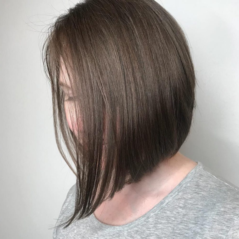 35 Short Straight Hairstyles Trending Right Now (Updated For 2018) With Regard To Short Straight Bob Hairstyles (View 5 of 20)